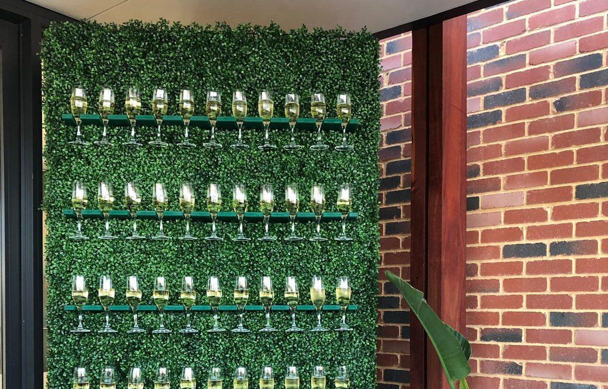 Champagne_wall