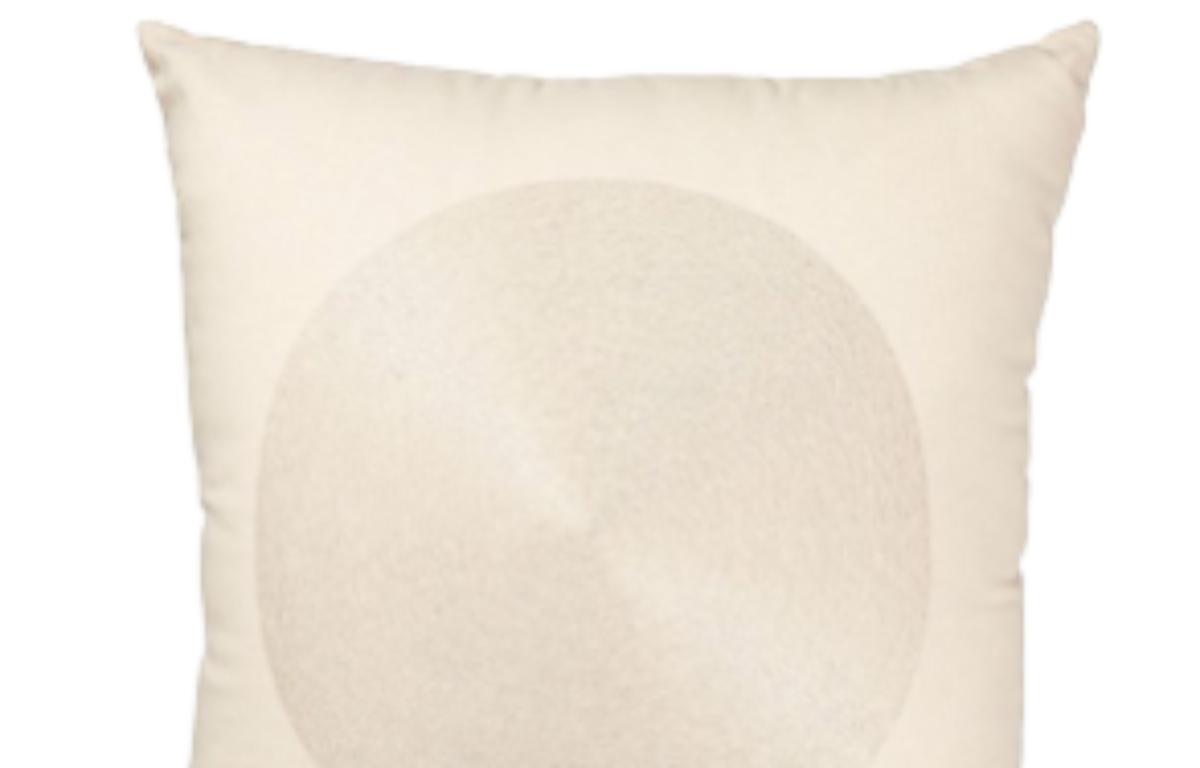 Cream_Circle_Design_Cushion_42cmSQ