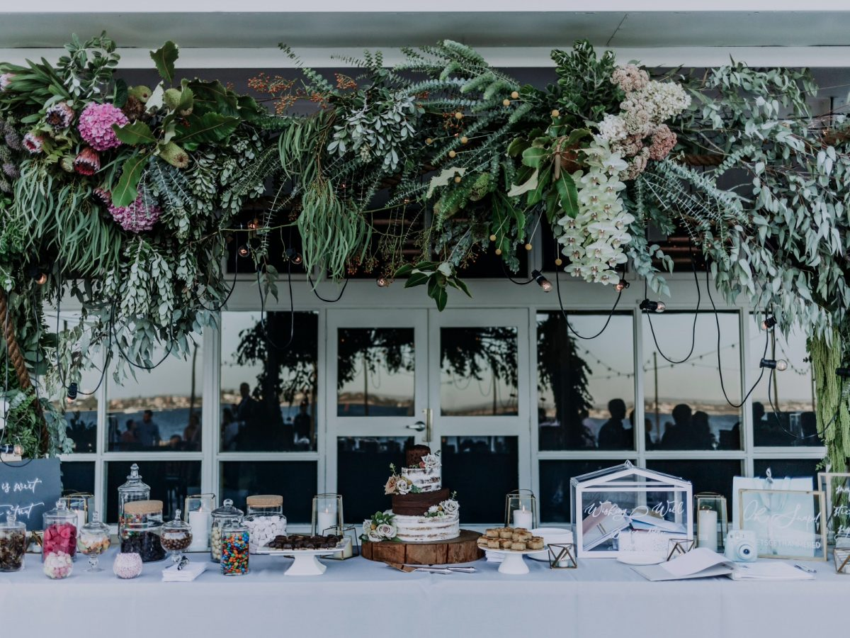 Festoon added to Florals by Natural Art Flowers